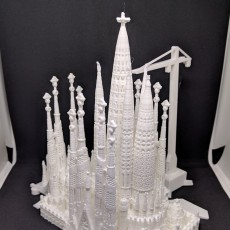 Picture of print of Sagrada Familia, Complete - Barcelona This print has been uploaded by W L