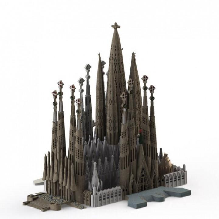 Sagrada Familia, Complete - Barcelona