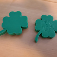 Picture of print of four leaf clover with secret compartment