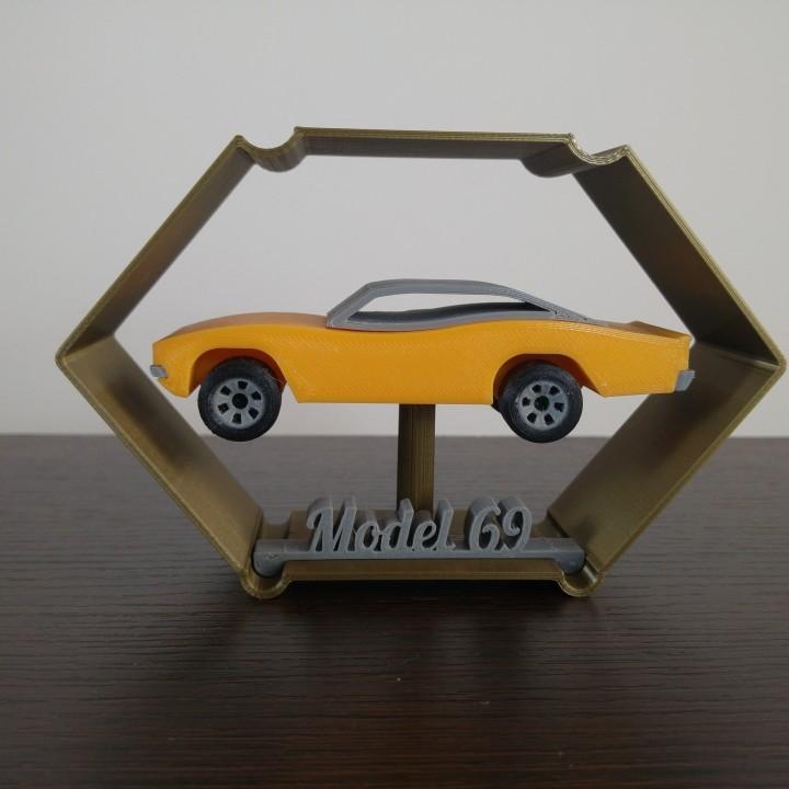 Model sixtyNine