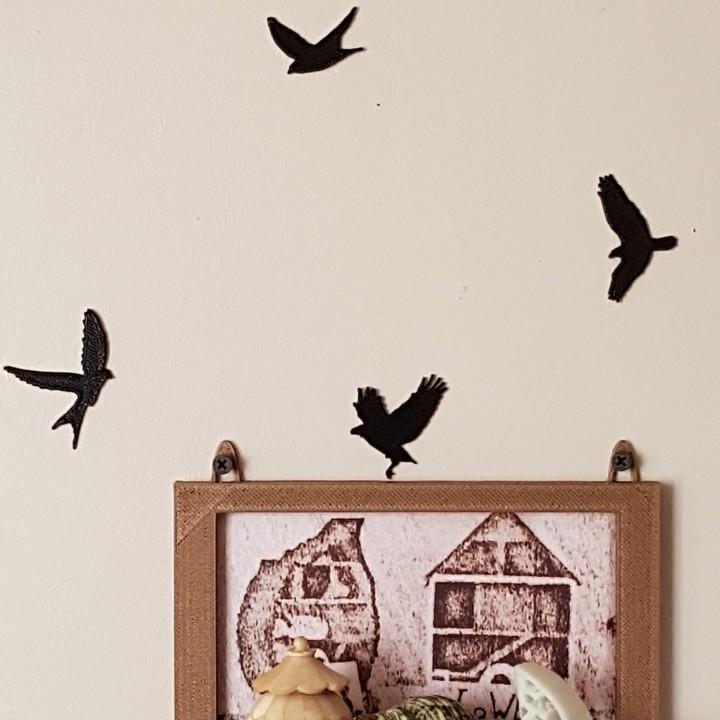 bird figurines