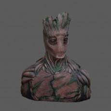 Groot Sculpture