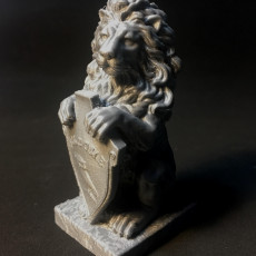Picture of print of Lion Statue ''Welcome''