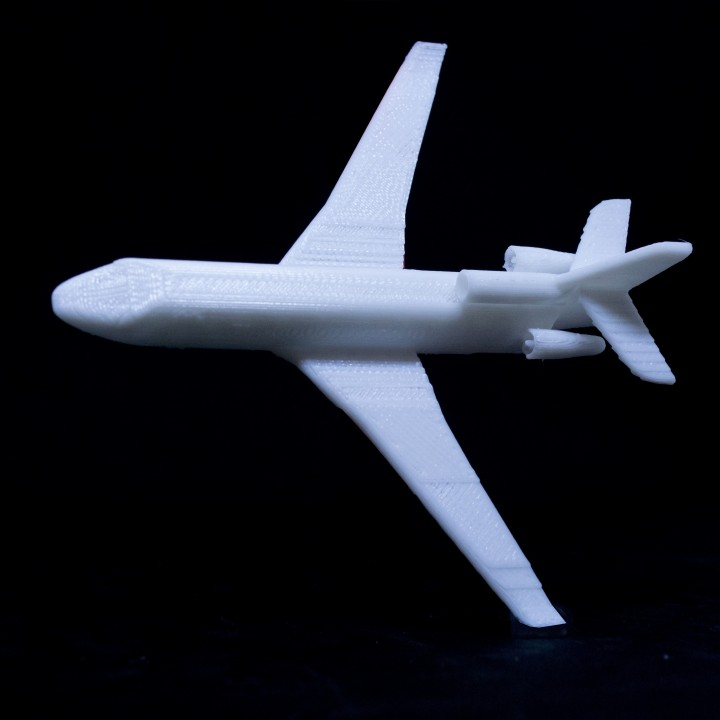 3D Printable Falcon 7X by Dassault Aviation by Corentin Paquet