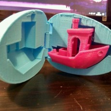 Picture of print of Benchy in an  Easter Egg
