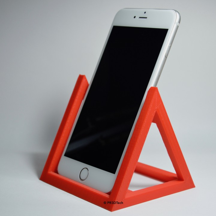 3D Printable Docking Station Universale Per Smartphone By