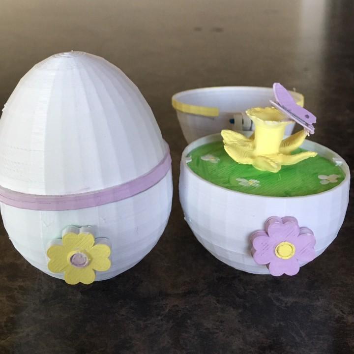 Spinning Egg #TinkercadEaster