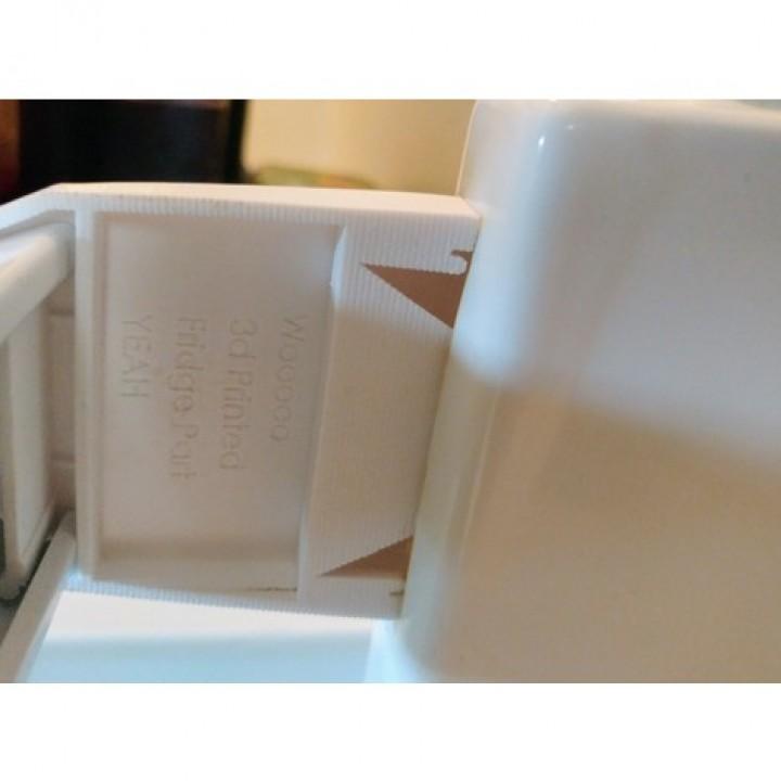 Frigidaire Refrigerator Door Shelf Clip Image