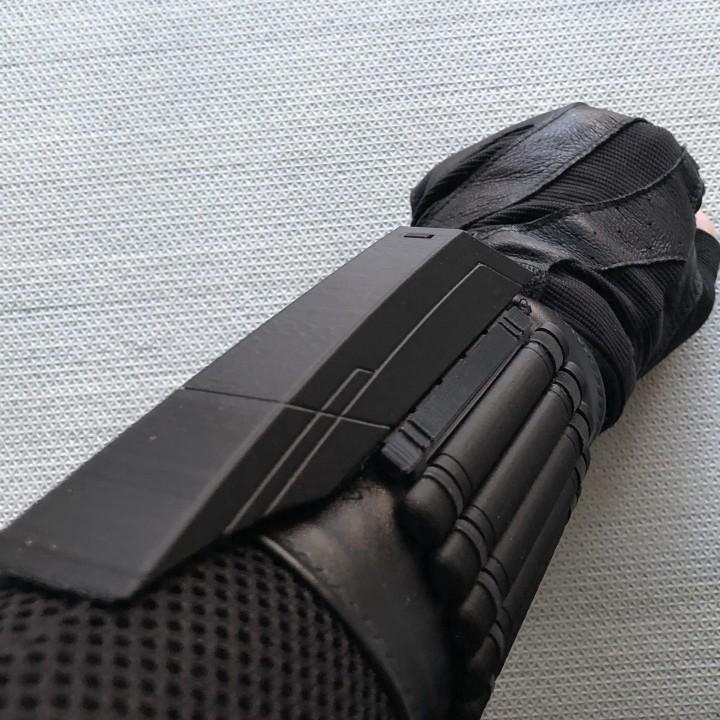 Black Widow Infinity/Civil War Wrist Bites