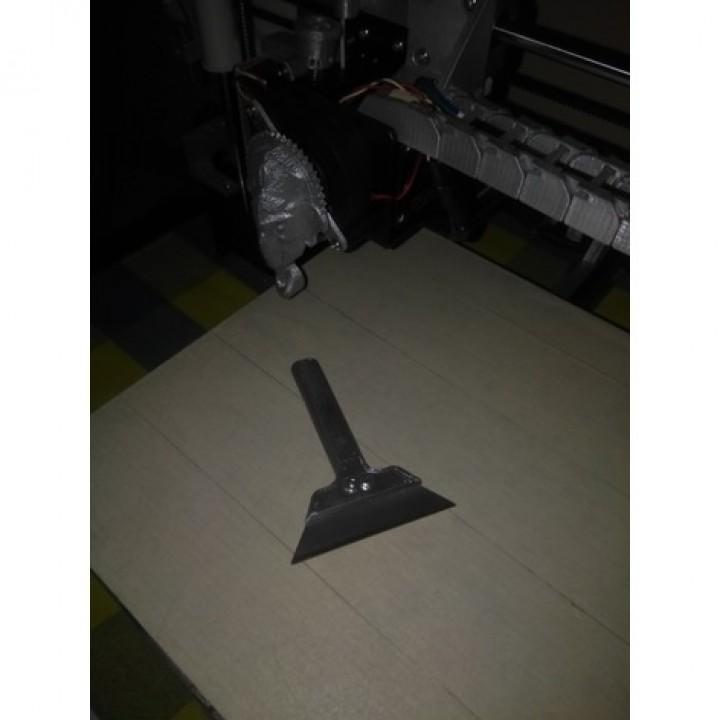 Scrapper for stanley cutter blade