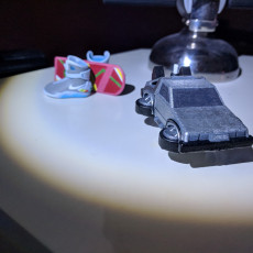 Picture of print of Puffy Vehicles - Flying DeLorean from Back to the Future Dieser Druck wurde hochgeladen von Blake