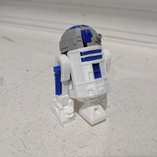 Picture of print of R2D2 This print has been uploaded by Rudy Clausen