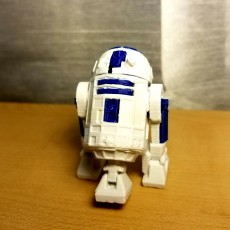 Picture of print of R2D2 This print has been uploaded by Junior General