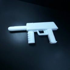 Picture of print of Starlords Blaster from Annihilation Conquest : Star-Lord mini series