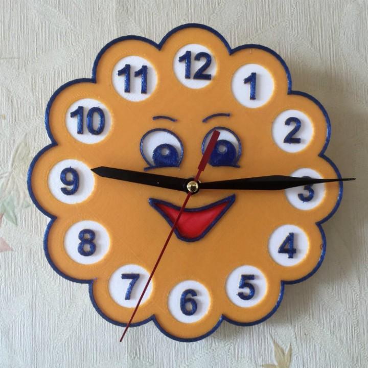 "Wall clock in the children's room ""Sun"""