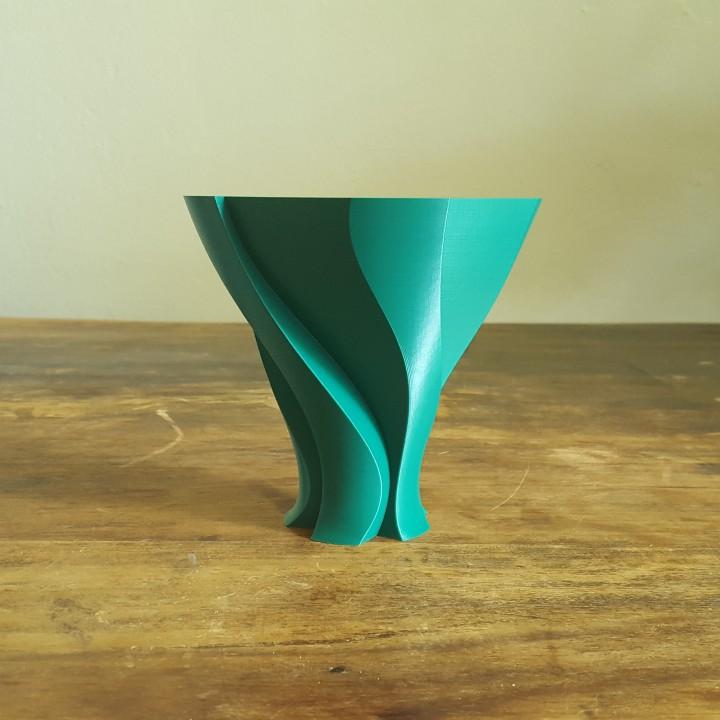 Unfolding Leave Vase