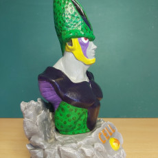 Picture of print of Perfect Cell Bust and Base DBZ Fan Art