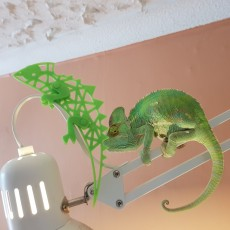 Picture of print of Chroma Chameleon, spool mascot