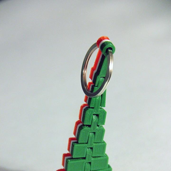 Suyumbike tower keychain