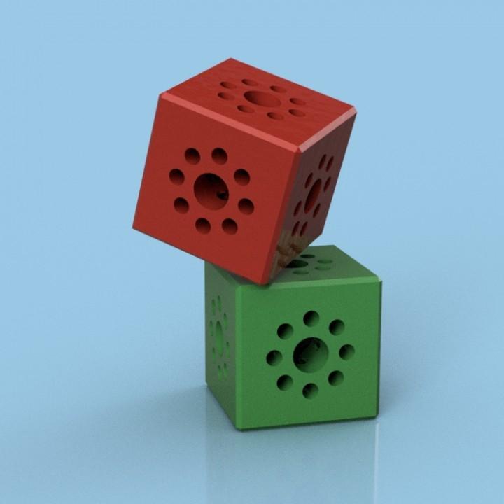 Tetrix Max: Cubed