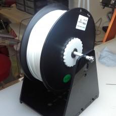 Universal filament spool holder.