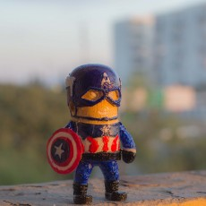 Picture of print of mini Captain America - Civil war edition