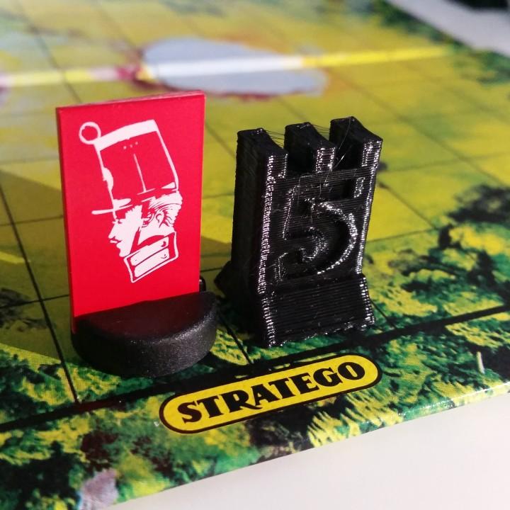 Stratego captain piece