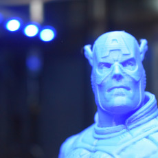 Picture of print of Captain America bust Esta impresión fue cargada por Thirteen Lynch