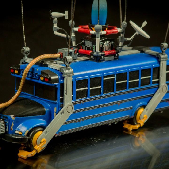 Fortnite Battle Bus