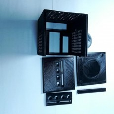 Picture of print of GameCube inspired ITX pc case