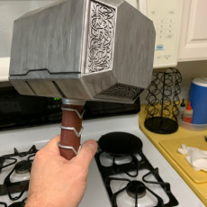 Picture of print of Thor Hammer 1:1 Scale 这个打印已上传 Riggi J