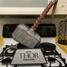 Picture of print of Thor Hammer 1:1 Scale