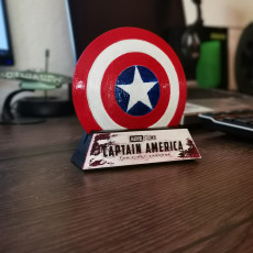 Picture of print of Captain America Shield