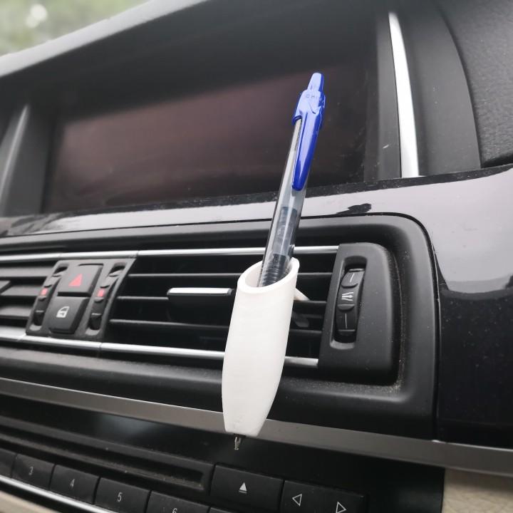 Penholder for car vent