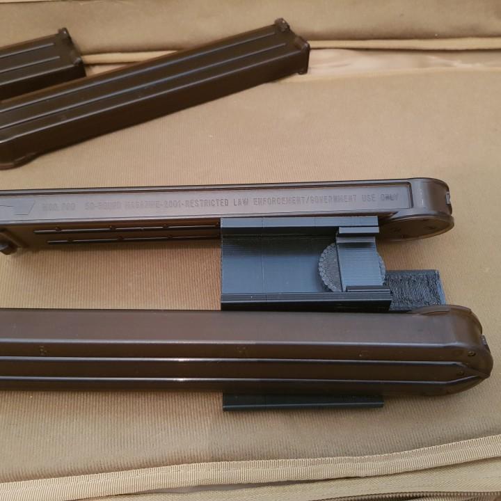 Airsoft- AR-57 Dual P90 Magazine feeding system