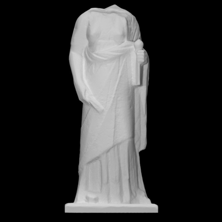 Torso of female statue holding the attributes of Demeter