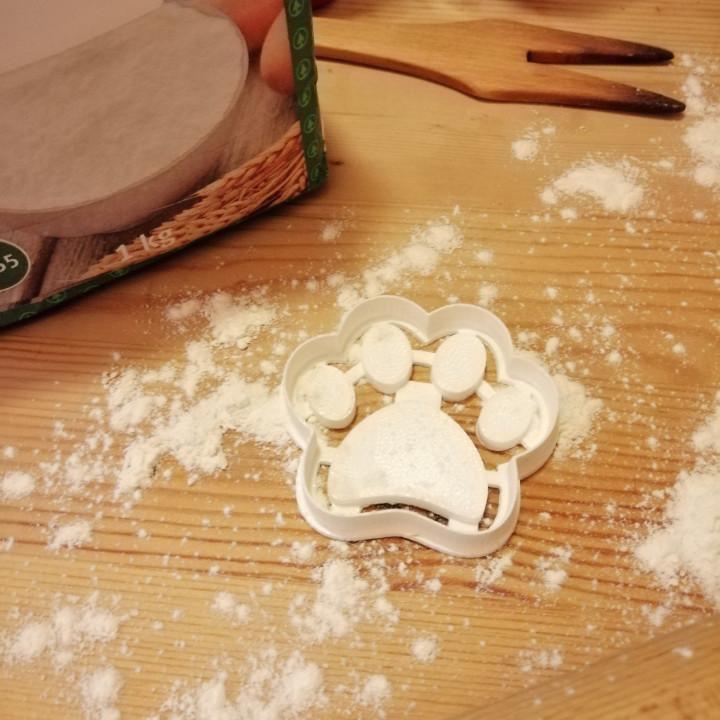 Dog Footprint Cookie Cutter