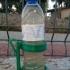 garrafa á cintura. image