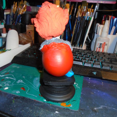 Picture of print of Pennywise bust