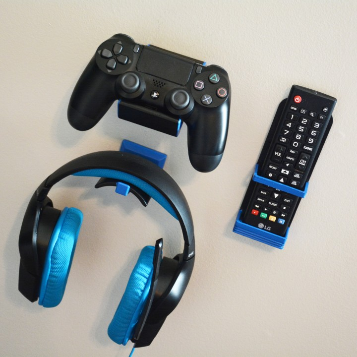 Wall Mounted Gaming Accessory Set ($1 off)