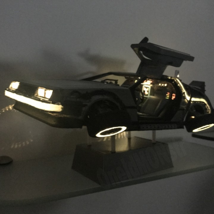 DIY DeLorean Time Machine with lights!!