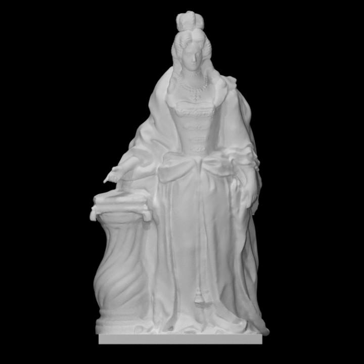 Statue of Queen Charlotte of Mecklenburg-Strelitz