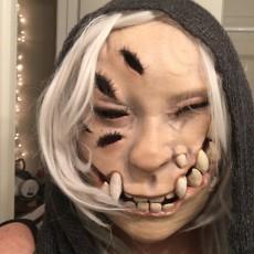 A Heckin' Spooky Mask