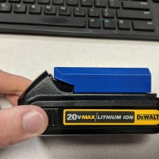 Dewalt 20V Battery Holder + Cover (V6 18-11-09)