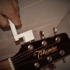 acoustic string winder