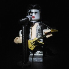 LEGO GIANT MASTER OF ROCK KISS STARCHILD VOICE AND GUITAR
