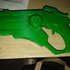 Overwatch Mercys pistol