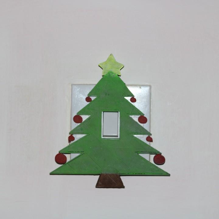 Christmas tree light switch