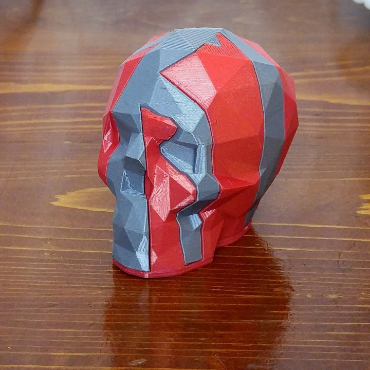 Interlocking Low-Poly Skulls