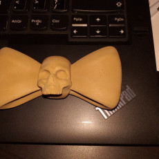 Picture of print of Skull Bow